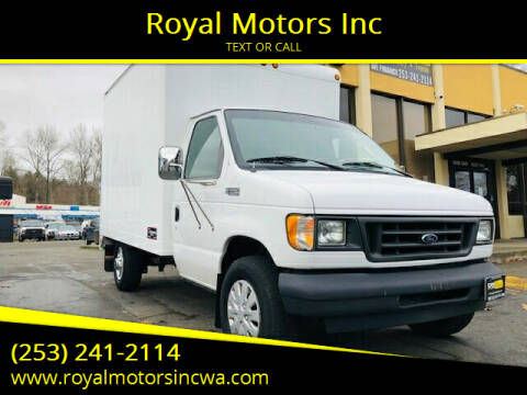 2003 Ford E-Series Chassis for sale at Royal Motors Inc in Kent WA