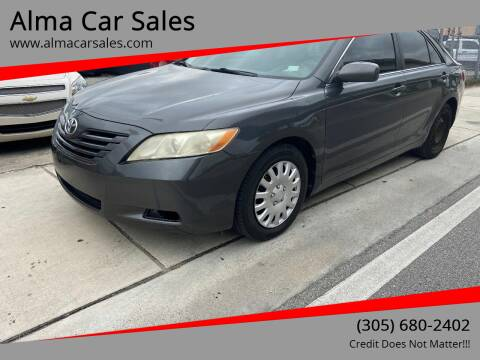 2009 Toyota Camry for sale at Alma Car Sales in Miami FL