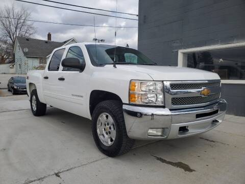 2013 Chevrolet Silverado 1500 for sale at Julian Auto Sales, Inc. in Warren MI