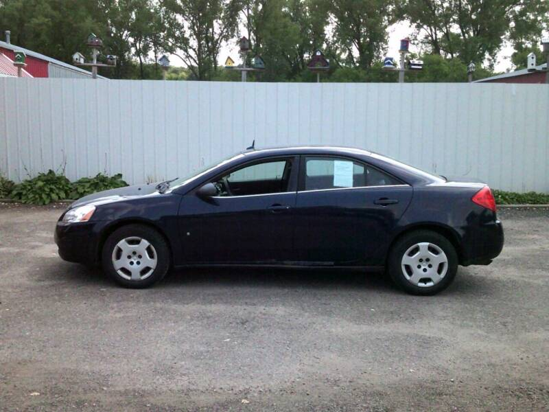 2008 Pontiac G6 for sale at Chaddock Auto Sales in Rochester MN
