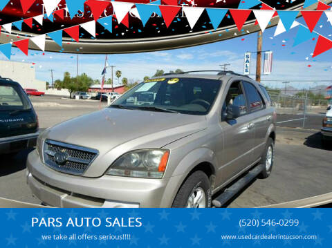 2005 Kia Sorento for sale at PARS AUTO SALES in Tucson AZ