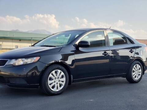 2011 Kia Forte for sale at FRESH TREAD AUTO LLC in Springville UT