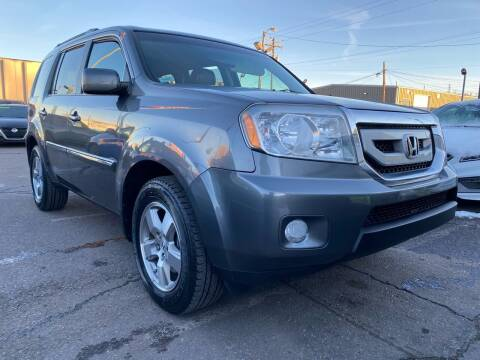 2011 Honda Pilot for sale at New Wave Auto Brokers & Sales in Denver CO