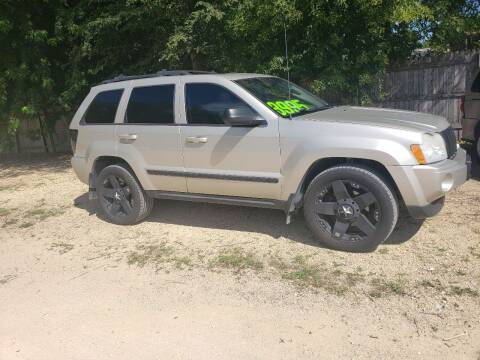 2007 Jeep Grand Cherokee for sale at Northwoods Auto & Truck Sales in Machesney Park IL