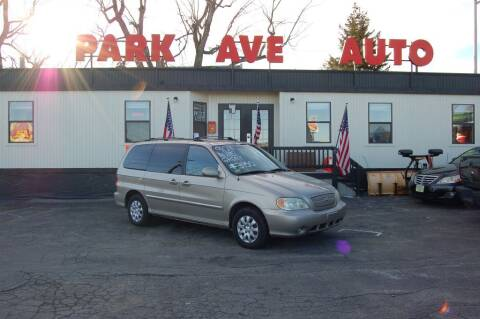 2004 Kia Sedona for sale at Park Ave Auto Inc. in Worcester MA