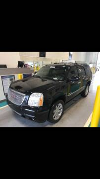 2014 GMC Yukon for sale at CMC AUTOMOTIVE in Roann IN