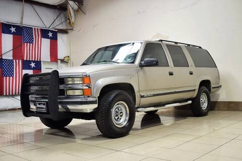 1999 Chevrolet Suburban for sale at ROADSTERS AUTO in Houston TX