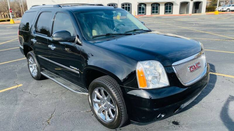 2013 GMC Yukon for sale at H & B Auto in Fayetteville AR