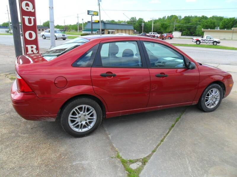 2005 Ford Focus for sale at C MOORE CARS in Grove OK
