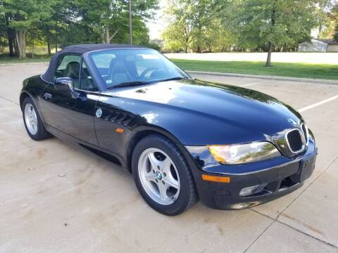 1997 BMW Z3 for sale at Lease Car Sales 3 in Warrensville Heights OH