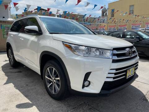 2018 Toyota Highlander for sale at Elite Automall Inc in Ridgewood NY