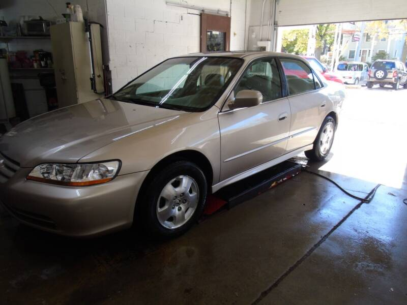2002 Honda Accord for sale at C&C AUTO SALES INC in Charles City IA