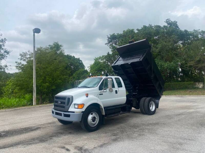 2009 Ford F-750 Super Duty for sale in West Palm Beach, FL