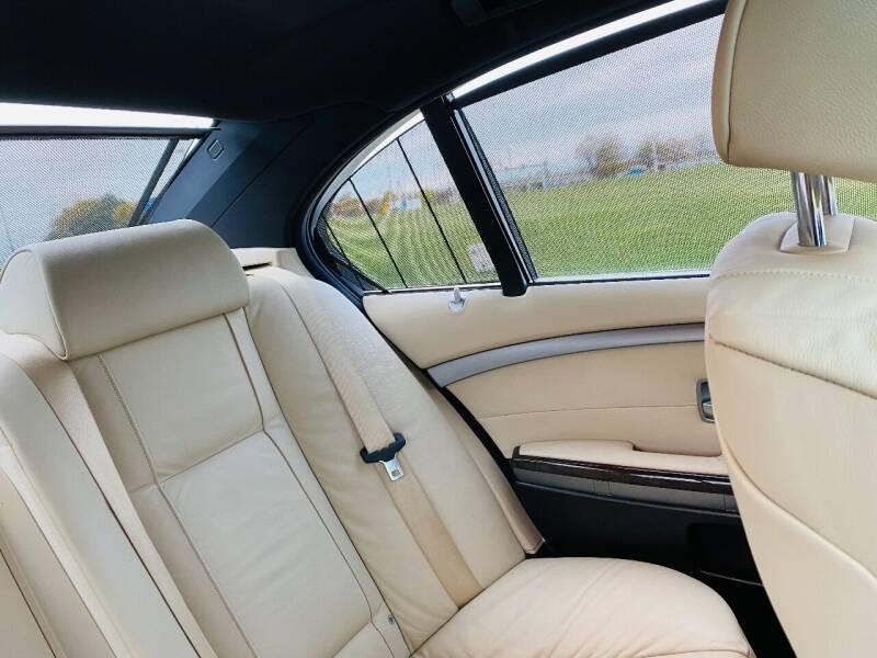2007 BMW 7 Series 750i 4dr Sedan - Saint Francis WI