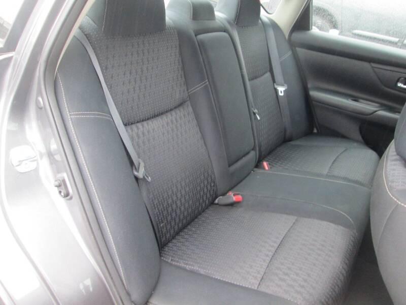 2017 Nissan Altima 2.5 S 4dr Sedan - Levittown PA