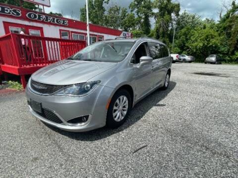 2017 Chrysler Pacifica for sale at CARFIRST ABERDEEN in Aberdeen MD