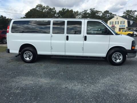 2016 Chevrolet Express Passenger for sale at LAURINBURG AUTO SALES in Laurinburg NC