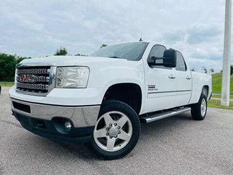 2013 GMC Sierra 2500HD for sale at AUTO DIRECT in Houston TX