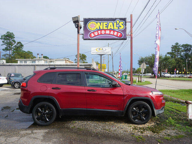 2017 Jeep Cherokee for sale at Oneal's Automart LLC in Slidell LA