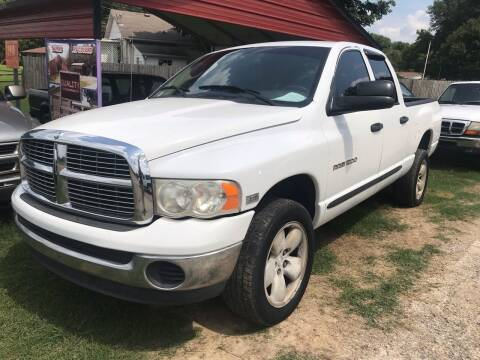 2004 Dodge Ram Pickup 1500 for sale at Sartins Auto Sales in Dyersburg TN