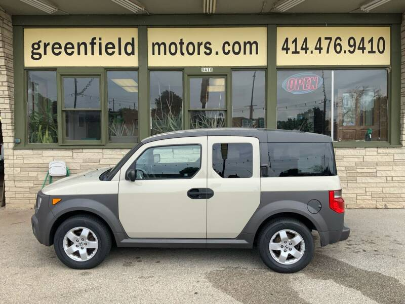 2005 Honda Element for sale at GREENFIELD MOTORS in Milwaukee WI