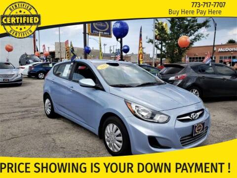 2013 Hyundai Accent for sale at AutoBank in Chicago IL