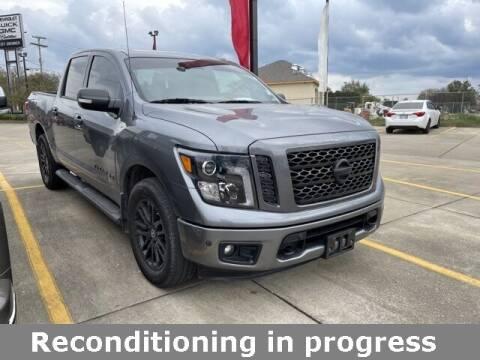 2018 Nissan Titan for sale at Jeff Drennen GM Superstore in Zanesville OH