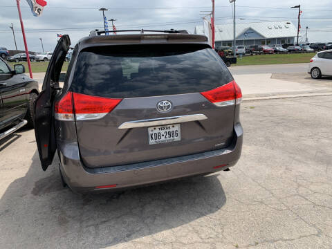 2011 Toyota Sienna for sale at BULLSEYE MOTORS INC in New Braunfels TX