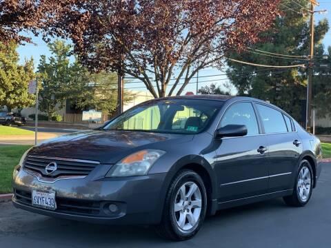 2007 Nissan Altima for sale at AutoAffari LLC in Sacramento CA