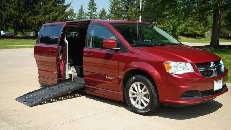2015 Dodge Grand Caravan for sale at Grand Financial Inc in Solon OH