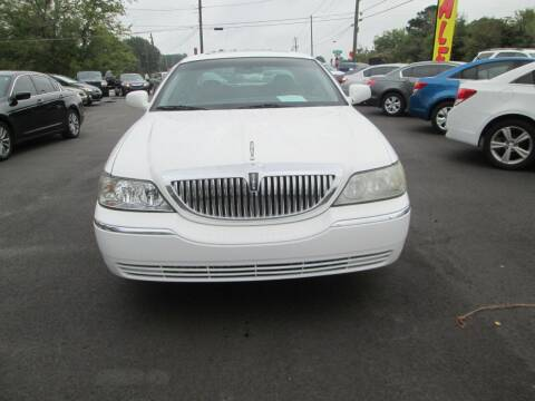 2007 Lincoln Town Car for sale at Downtown Motors in Macon GA