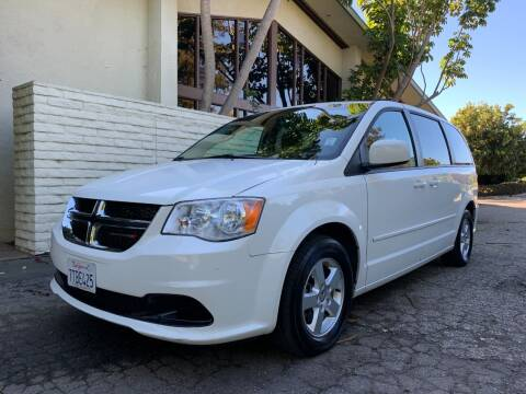 2013 Dodge Grand Caravan for sale at Santa Barbara Auto Connection in Goleta CA