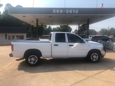 2004 Dodge Ram Pickup 2500 for sale at BOB SMITH AUTO SALES in Mineola TX