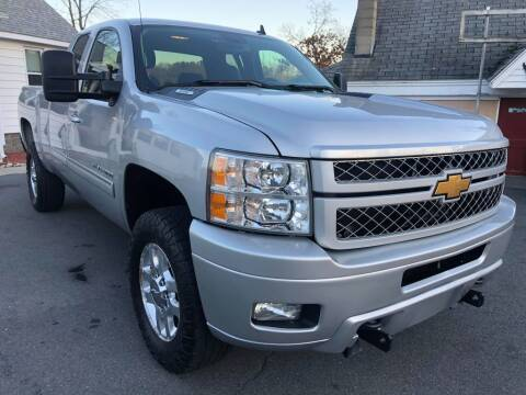2013 Chevrolet Silverado 2500HD for sale at Dracut's Car Connection in Methuen MA