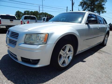 2008 Dodge Magnum for sale at Medford Motors Inc. in Magnolia TX