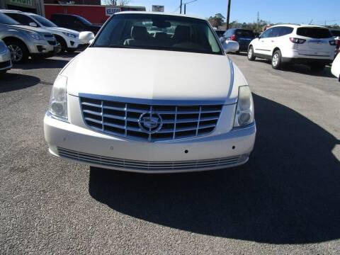 2008 Cadillac DTS for sale at DERIK HARE in Milton FL