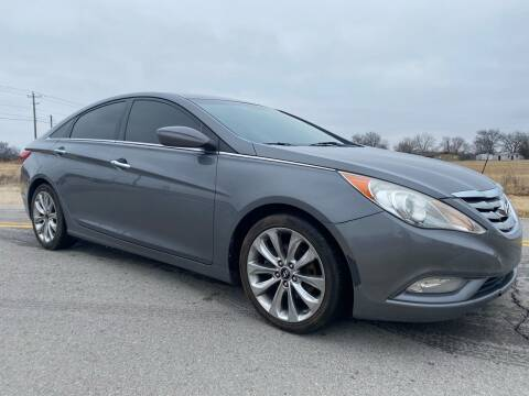 2011 Hyundai Sonata for sale at ILUVCHEAPCARS.COM in Tulsa OK