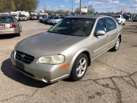 2000 Nissan Maxima for sale at AFFORDABLY PRICED CARS LLC in Mountain Home ID