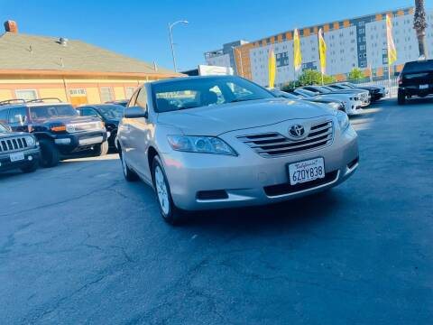 2007 Toyota Camry Hybrid for sale at Ronnie Motors LLC in San Jose CA
