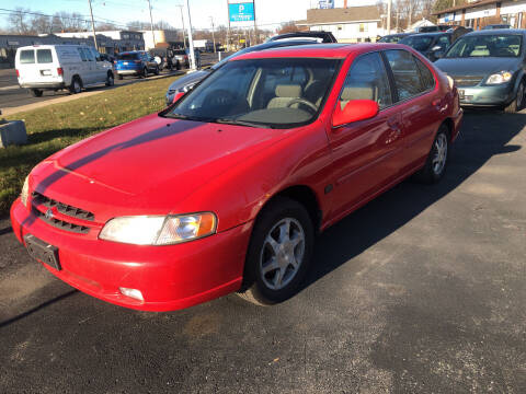 1999 Nissan Altima for sale at Prospect Auto Mart in Peoria IL