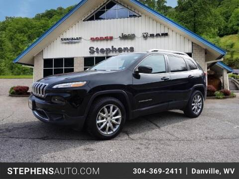 2018 Jeep Cherokee for sale at Stephens Auto Center of Beckley in Beckley WV