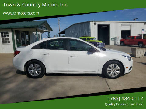 2014 Chevrolet Cruze for sale at Town & Country Motors Inc. in Meriden KS