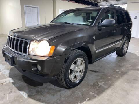 2005 Jeep Grand Cherokee for sale at Safe Trip Auto Sales in Dallas TX