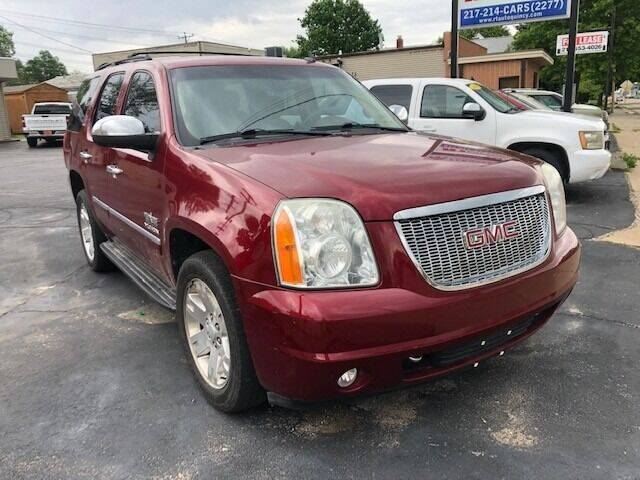 2011 GMC Yukon for sale at RT Auto Center in Quincy IL