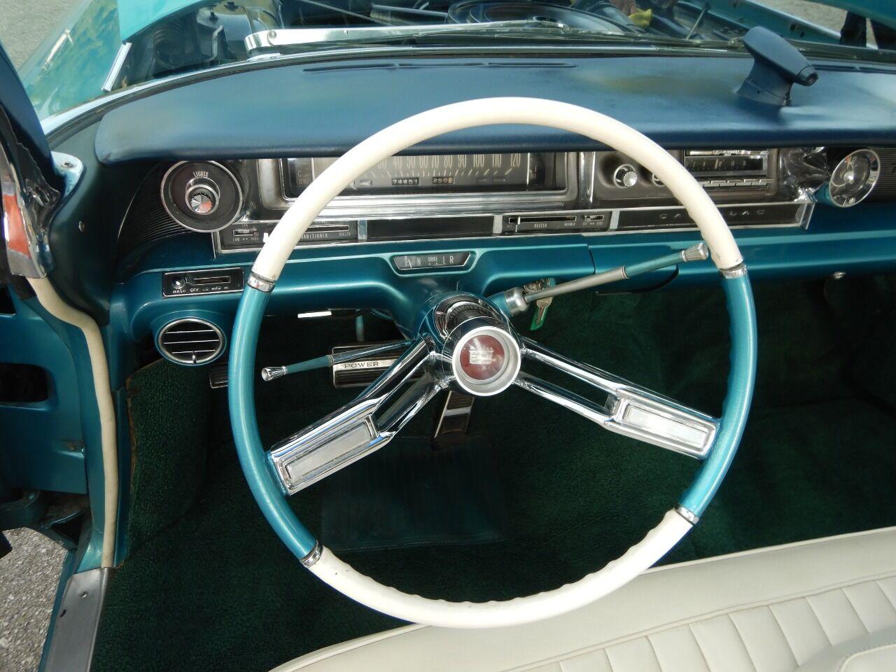 1961 Cadillac Eldorado Biarritz 43