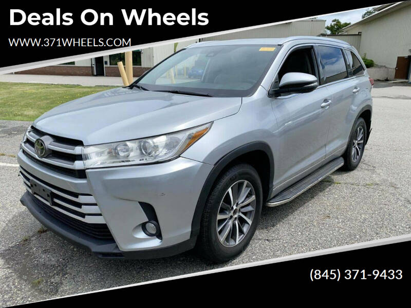 2018 Toyota Highlander for sale at Deals on Wheels in Suffern NY