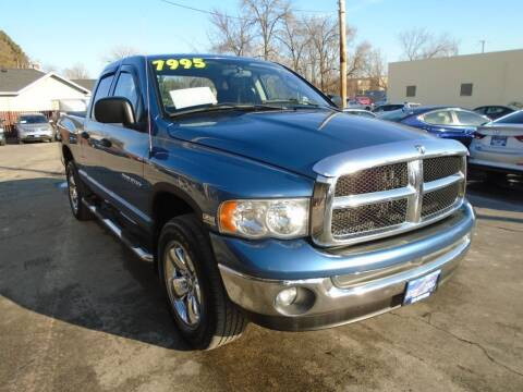 2004 Dodge Ram Pickup 1500 for sale at DISCOVER AUTO SALES in Racine WI