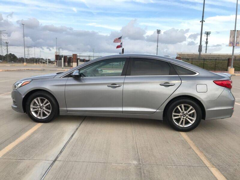 2015 Hyundai Sonata for sale at ALL AMERICAN FINANCE AND AUTO in Houston TX
