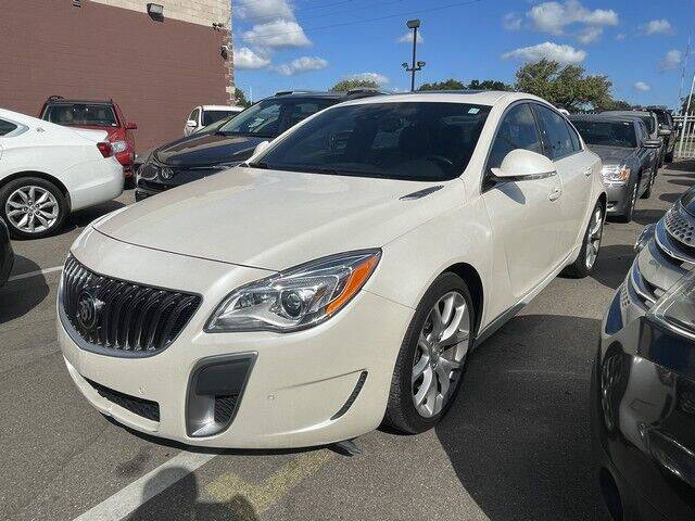 2015 Buick Regal for sale at SOUTHFIELD QUALITY CARS in Detroit MI