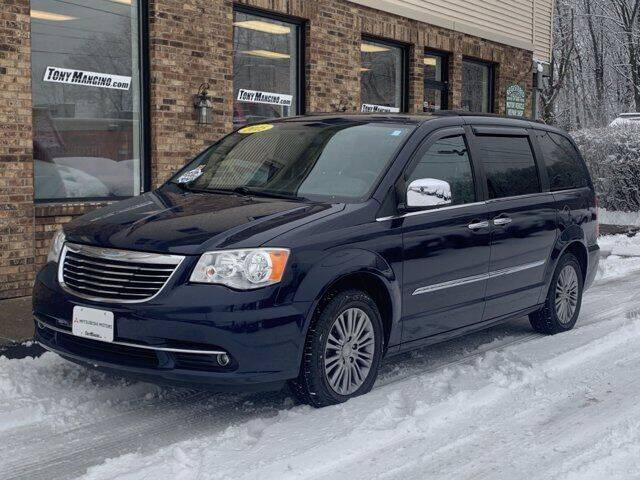 2015 Chrysler Town and Country for sale at The King of Credit in Clifton Park NY